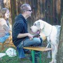 mojpes.netov piknik (30. sept. 07), jaz s Kitty in Chelsea in moj brat s Thaijem