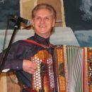 Ansambel Lojzeta Ogorevca z gosti