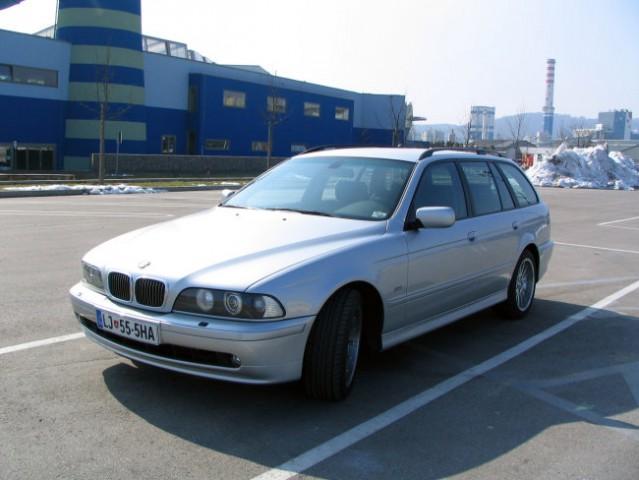 BMW 520i Touring - foto