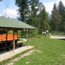 tinaraft center z odbojkarskim igriščem