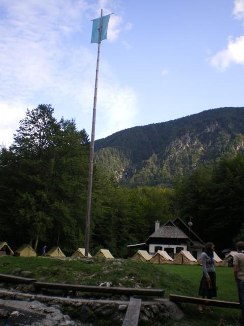 Značilnosti tabora- jambor, šotori...