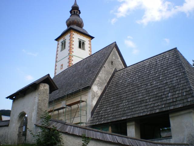 Cerkvica v ribčevem lazu