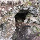 in manjše jame