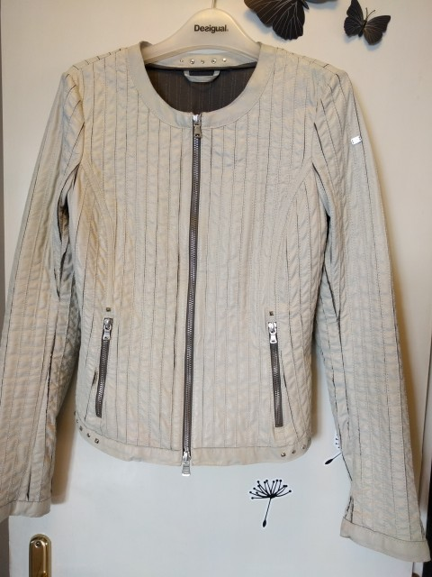 Usnjena jakna milestone, vel.36, NOVA 100€