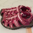 sandali za deklico št. 30, 8 EUR
