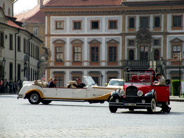 16 Praga s Hradčanov proti mestu - foto
