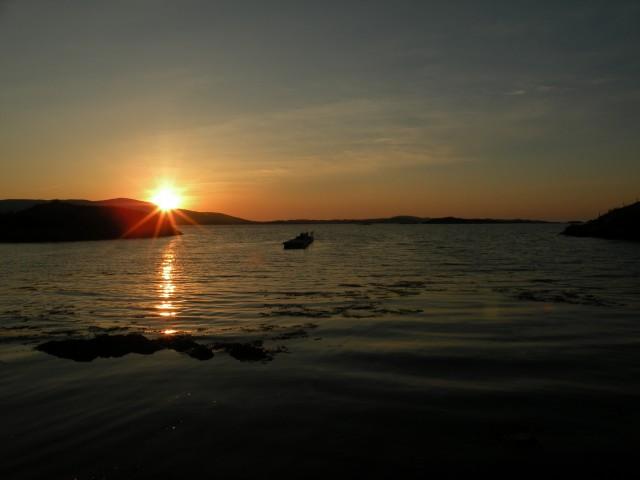 Škotska Harris hostel in sončni vzhod. - foto