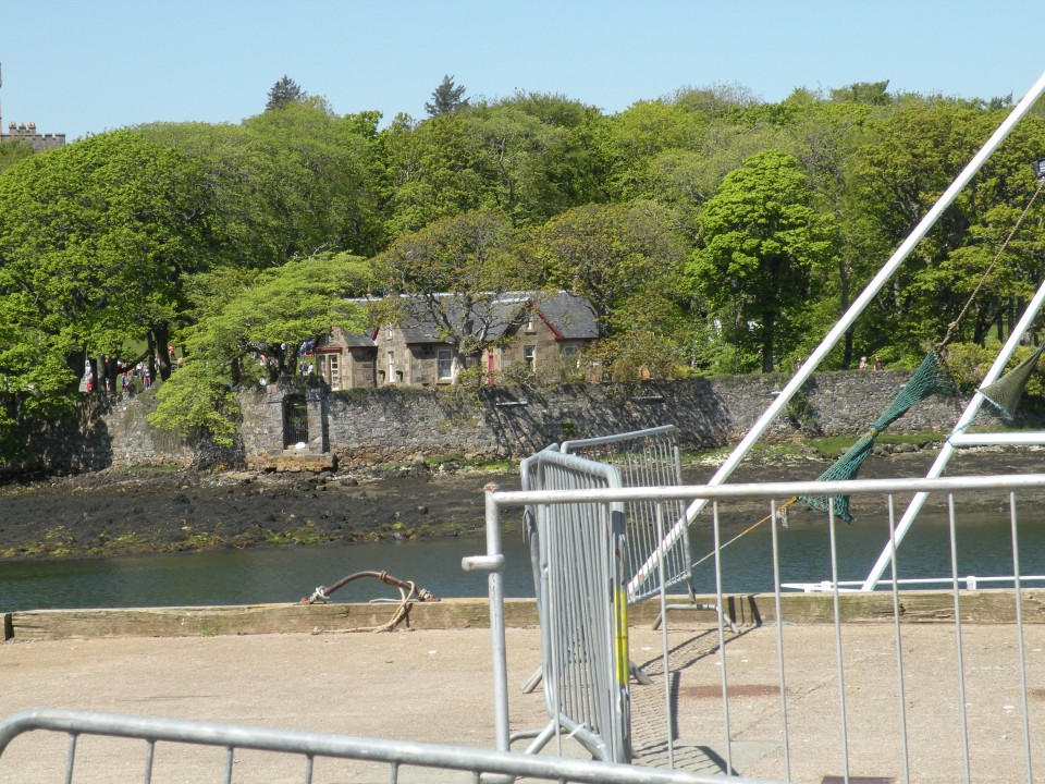 Škotska Stornoway po mestu - trajekt Ulapool - foto povečava
