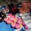 dekliška obutev št.33
