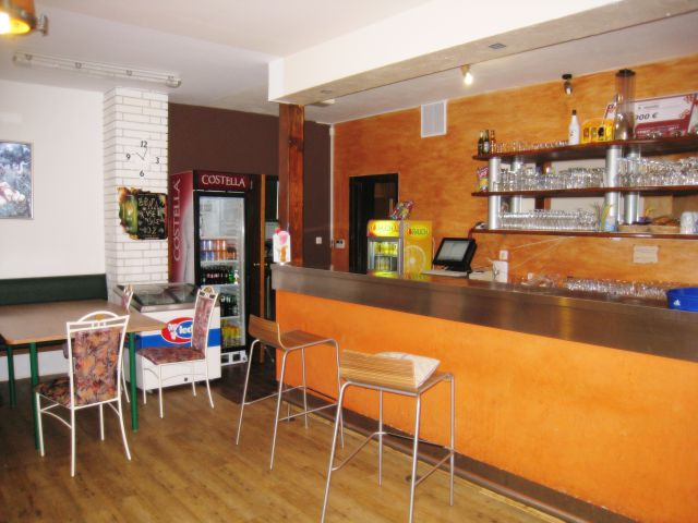 Lokal Brunarica - foto