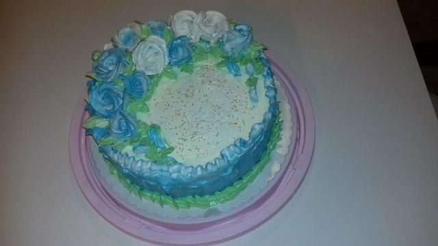 Jogurtova torta z gozdnimi sadeži - foto