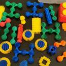 didaktična igrača za ustvarjanje, gradimo