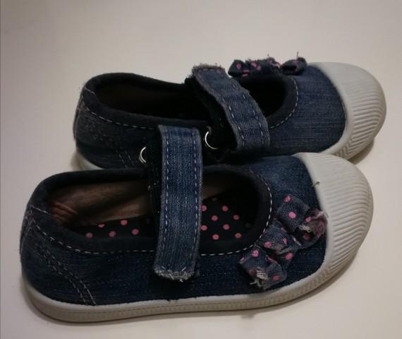 Jeans sandalčki 21 št. 5€ - foto