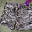 kratke armi hlače - 15 eur