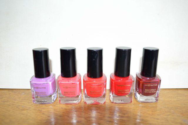 Max factor (max efect, mini nail polish) 4,5 ml - 1 eur/kos