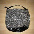 torbica večja zelo malo nošena 8€+ptt