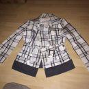 prehodna jaknica malo nošena 20€+ptt