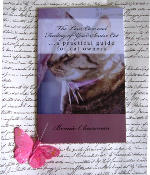54.The love, care and feeding of your senior cat, Bonnie Cheeseman, IC = 3 eur