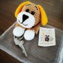 1. Kvačkan psiček z žepom za ključe   IC = 10 eur