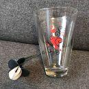 28. Vaza z rožico    IC = 3 eur