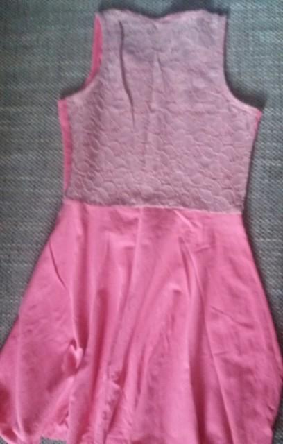 Obleka  140-10let