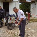 Oborožitev bosanskega policaja...