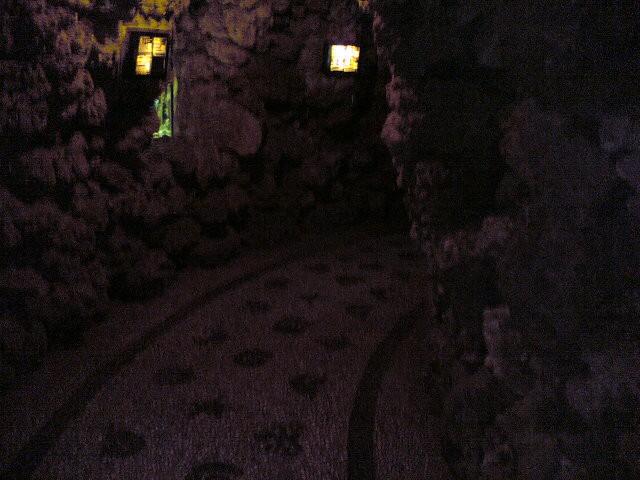 Simpatični ozki hodniki