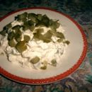 skuta, jogurt, kisle kumarice in začimbe
