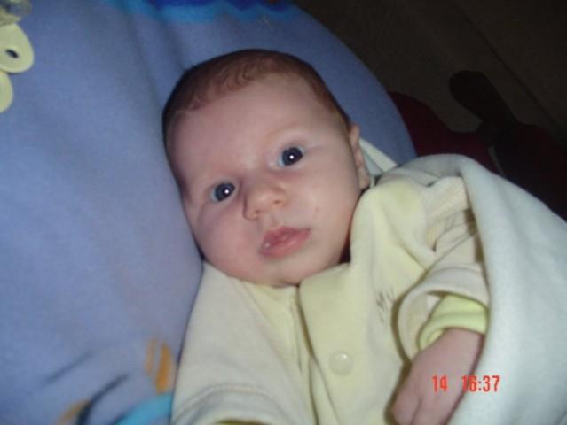 Eva Zala 1.mesec - foto