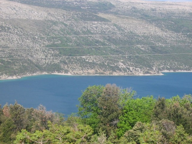 Vransko jezero na Cresu posneto 06.05.2005