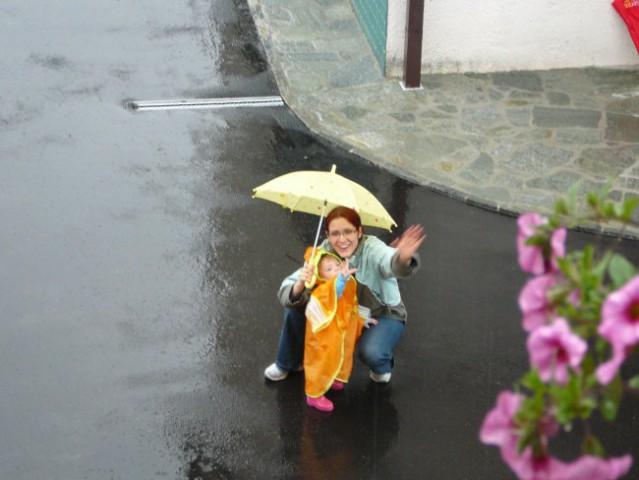 Pleizkušamo novo oplemo za dež...