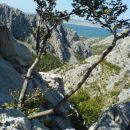Na poti do vrha naju je ves čas hladila burja.