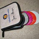 preoblecena CD torbica z vezenjem