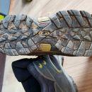 Salomon pohodni čevlji št. 38 2/3, UK 5,5  USA 6