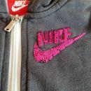 Nike trenirka 128-137 ali 7-9 let