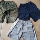 Nike in Benetton fantovske športne hlače 128-140