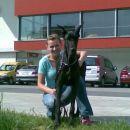Spomin na puppy Indio pred Pristanom.