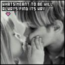 Mala dva , ki se poljubljata!