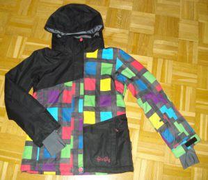 lepo ohranjena smučarska bunda, kupljena lani novembra v Intersportu
